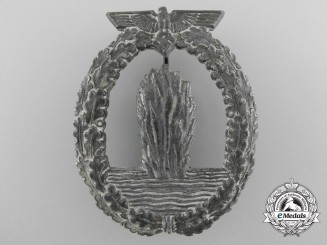 A Kriegsmarine Minesweeper War Badge by Lind & Meyer, Idar-Oberstein