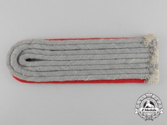 A Single Wehrmacht Artillery Lieutenant Shoulder Strap