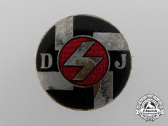 A Deutsches Jungvolk Membership Badge