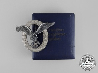 A Cased Luftwaffe Pilot's Badge by C. E. Juncker of Berlin