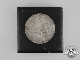 A Second War German Cased Chamber of Industry and Trade Table Medal for Long Loyal Labour