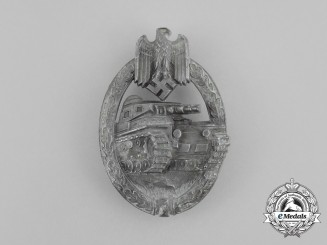A Second War German Silver Grade Tank Badge by Hermann Aurich of Lüdenscheid