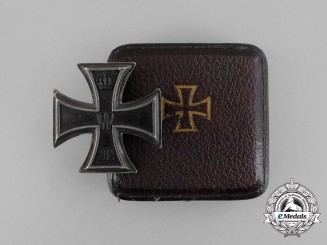 An Iron Cross 1st Class 1914 by Wagner; Dedicated to Hauptm. F.W. Gentner 1916