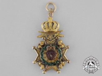 United Kingdom. A Royal Guelphic Order with Swords in Gold, Breast Badge, c.1830