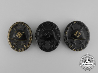 Three Second War German Black Grade Wound Badges