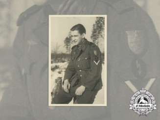 A wartime Photo of Gefreiter with Krimschild