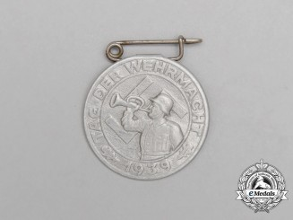 "A 1939 ""Day of the Wehrmacht"" Event Badge"