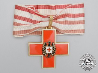 An Austrian Red Cross Decoration; 1st Class Cross