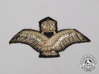 Hungaria, Kingdom. A Air Force Warrant Officer's/Sergeant's Cap Badge