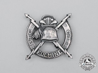 A Second War Italian Navy Battaglione Fulmine CT (Lightning Battalion) Badge