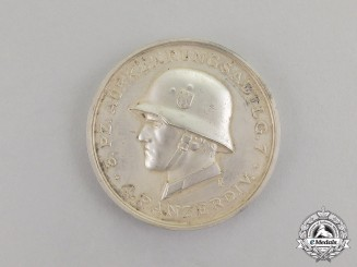 Germany. A 1941 3rd Panzer Reconnaisance Squadron Table Medal by Deschler & Sohn