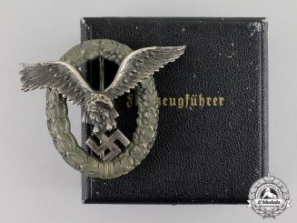 Germany. A Early Luftwaffe Pilot's Badge, by C. E. Juncker of Berlin in Case