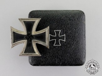 Germany. An Iron Cross 1939 First Class in Case of Issue