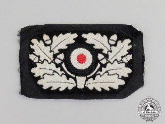 Germany. A Mint Wehrmacht Heer (Army) Panzer Beret Wreath Insignia