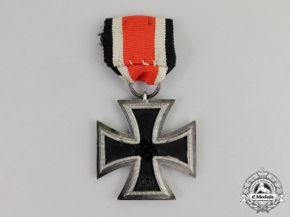 "Germany. An Iron Cross 1939 Second Class by the Unknown Maker ""60"""