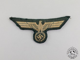 Germany. A Late War Issue Wehrmacht Heer (Army) Officer's Breast Eagle