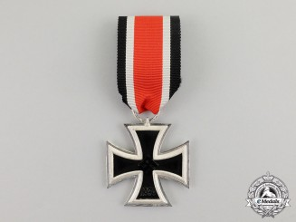 Germany. An Absolutely Mint and Unissued Iron Cross 1939 Second Class; Top Condition