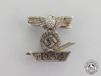 Germany. A Reduced Size Clasp to the Iron Cross 1939 Second Class; Second Type