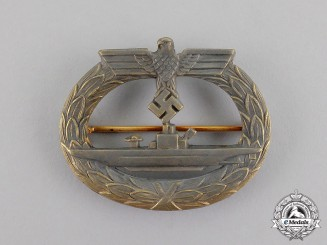 Germany. A Kriegsmarine Submarine Badge, by Glaser & Söhne, Dresden
