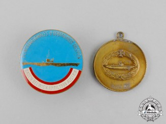 Germany/Austria. A Grouping of Two Veteran's Organization Submarine Badges