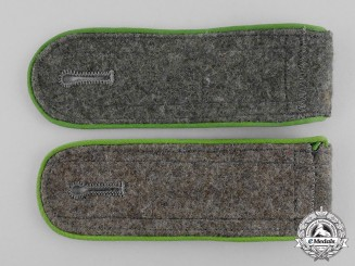 Germany. A Pair of Wehrmacht Gebirgsjäger Enlisted Man's Shoulder Boards