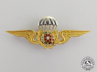 Portugal. A Paratrooper Badge,