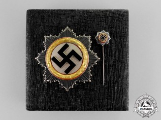 Germany. A German Cross in Gold by Otto Klein; With Miniature Stick Pin and Case of Issue