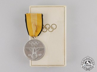 Germany. A Mint 1936 XI Summer Olympic Games Service Medal