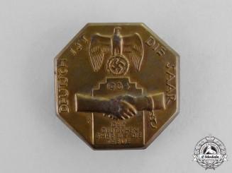 """Germany. A 1934 """"The Saar is German"""" Badge"""