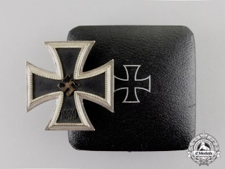 Germany. An Iron Cross 1939 First Class in LDO Case of Issue