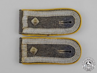 Germany. A Luftwaffe Flyer Feldwebel Rank Shoulder Straps