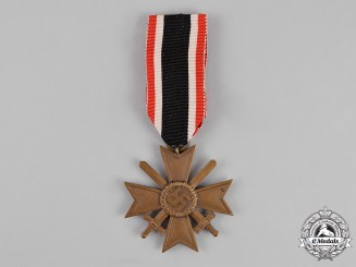 Germany. A War Merit Cross Second Class with Swords by Wilhelm Annetsberger of München