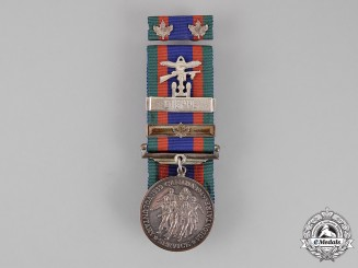 Canada. A Canadian Volunteer Service Medal with Dieppe Clasp
