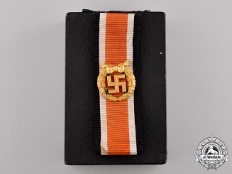 Germany. An Honour Roll Clasp of the Army with Case, c.1944