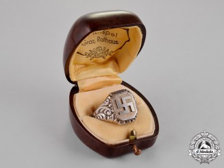 Germany. A Gents Silver Ring with Case, c.1939
