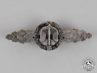 Germany. A Luftwaffe Silver Grade Short Range Night Fighter Clasp