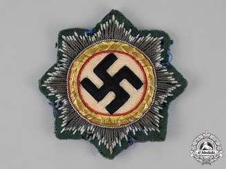Germany. A Wehrmacht (Heer) Issue German Cross in Gold, Cloth Version
