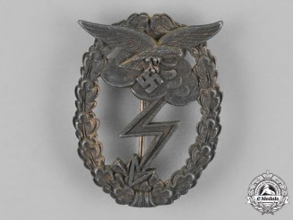 Germany, Luftwaffe. A Ground Assault Badge by Gustav Hermann Osang of Dresden