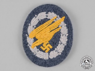 Germany. An Unissued Luftwaffe Fallschirmjäger/Paratrooper Badge; Cloth Version