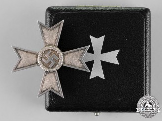 Germany. A War Merit Cross First Class without Swords in its Presentation Case of Issue