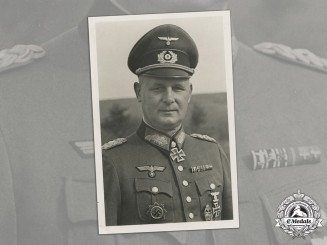 Germany, Heer. A Wartime Photo Of Generalleutnant Gustav Schmidt (KC w/Oak Leaves)