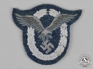 Germany, Luftwaffe. A Pilot's Badge, Padded Cloth Version