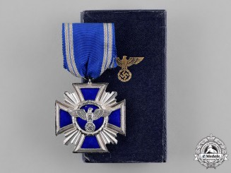 Germany. A NSDAP 10-Year Long Service Award in its Presentation Case of Issue, Heavy Version