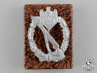 Germany, Wehrmacht. An Infantry Assault Badge, Silver Grade, in its LDO Presentation Case