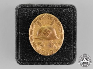 Germany. A War Wound Badge, Gold Grade, in its LDO Case of Issue