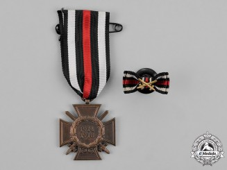 Germany. A First War Period Hindenburg Cross, with its matching Boutonniere