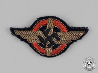 Germany, DLV. A German Air Sports Association Cap Badge