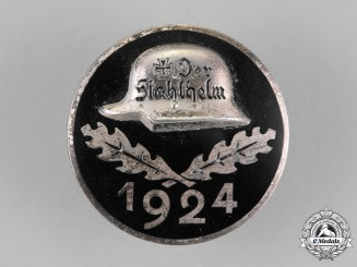 "Germany. A 1924 ""Der Stahlhelm"" Veteran's Association Membership Badge"