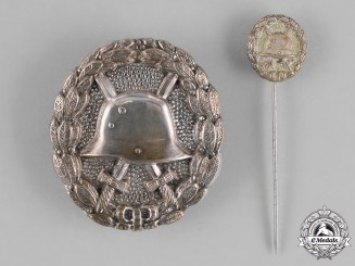 Germany, Empire. A Wound Badge, Silver Grade, with Matching Miniature Stick Pin