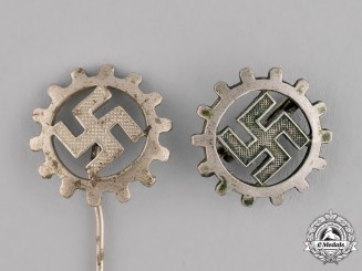 Germany. A Grouping of Two DAF Pins and Badges